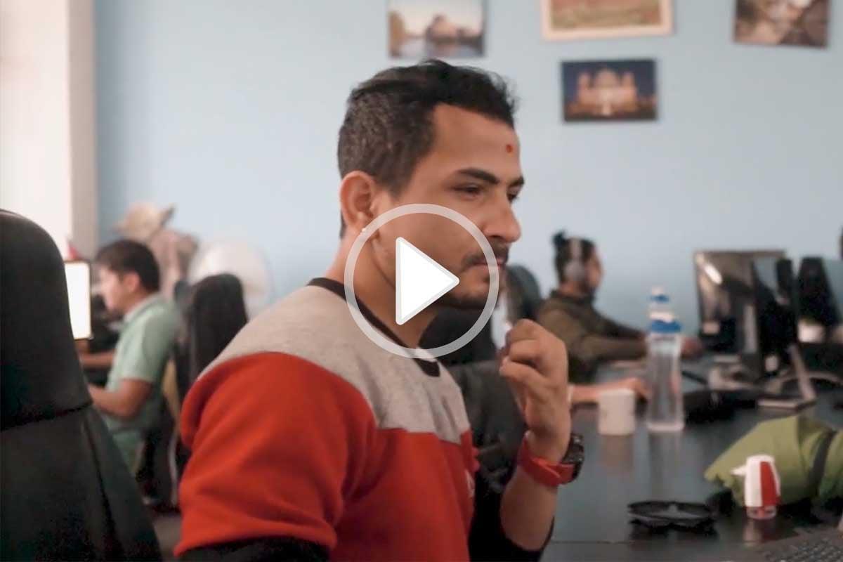 Dashain Feierlichkeiten in unserem Office in Kathmandu